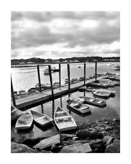_Maine-Porpoise-Bay,-Porpoise,---heavy-clouds-